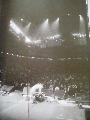 Pearl Jam Eddie Vedder on Stage with Song Book 25x20cm from Book to Frame?