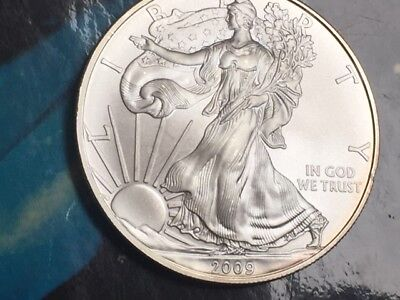 2009 American Silver Eagle, 1 oz 99.99% pure silver bullion, BU condition