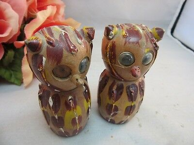 Pair of vtg wooden owl salt and pepper shakers. Googly eyes. Make one a pirate.