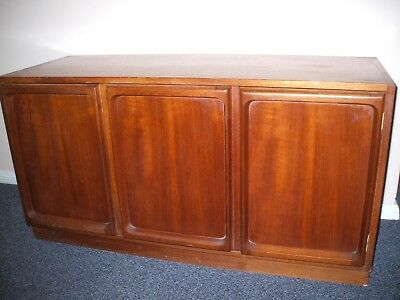 Chiswell Retro/vintage Low Line Timber 3 Door Cabinet/buffet-Good Condition