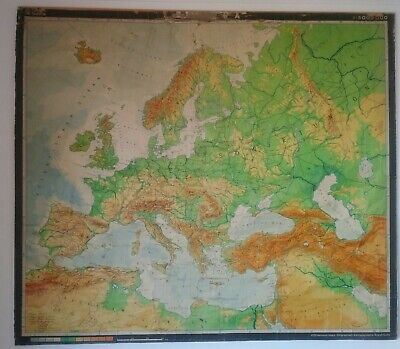 Unique Europe School Map from VEB Herman Haack and 1970's European borders 2x2 m