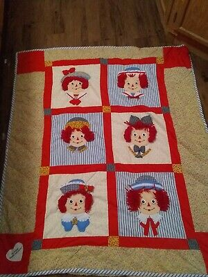 Raggedy Ann & Andy 3D Quilt Crib Blanket by Applause Unisex Wall Hanging Decor