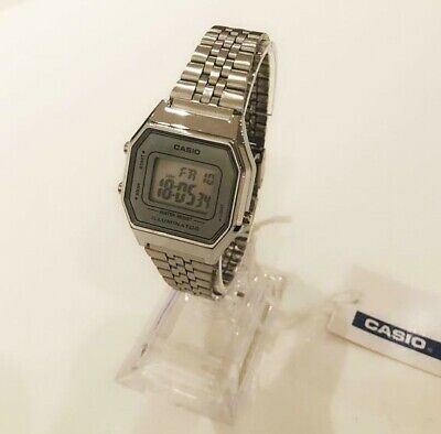 Silver Grey CASIO Retro Classic Unisex Digital Steel Bracelet Watch-A168WA-1YES