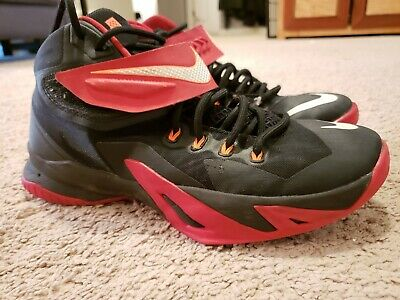 sneakers for cheap fe9dd bc321 Nike Zoom LeBron Soldier 8 Men s Basketball Shoes Size 9 653641-016