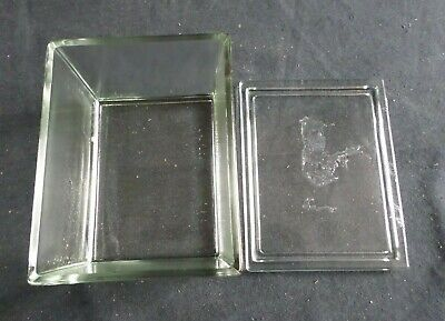 "Wheaton 30-Slide Glass Staining Dish w/ Lid 5"" x 3 7/8"" x 3 1/8"", Chipped 900303"