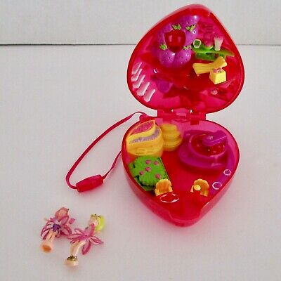 Polly Pocket fruit surprises strawberry compact playset 2 figures fairies
