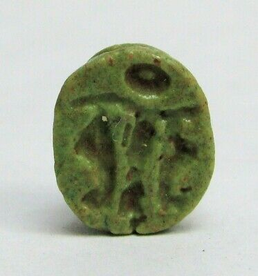 ca. 1550 -1000 BC EGYPTIAN EMPIRE GREEN FAIENCE SCARAB SEAL AMULET PENDANT
