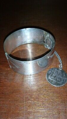 ANTIQUE SILVER HINGED BANGLE BRACELET W/Safety Chain