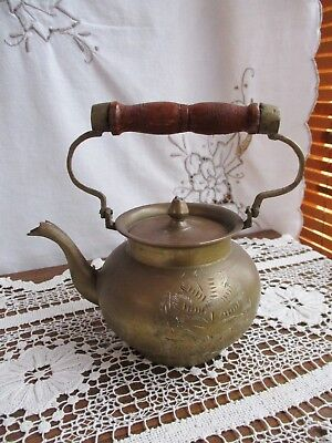 VINTAGE SOLID BRASS ETCHED TEA POT with WOODEN HANDLE – MADE IN INDIA