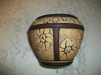 """WELLER CLAYWOOD VASE BOWL ARTS AND CRAFT  3 1/2""""  Ca 1910"""
