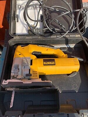 DeWalt DW321 Variable Speed Jigsaw Type2  701w, 230v, 110m