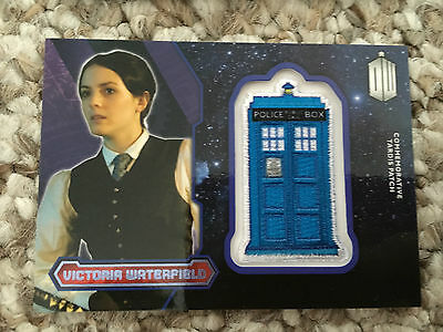 Topps Doctor Who 2015 Purple Tardis Patch Card Victoria Waterfield 54/99