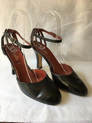 Vintage Clarks Of Wessex Black Strappy Ladies Shoes Size 4.5 Uk