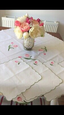 Applique Tablecloth With Matching Napkins.