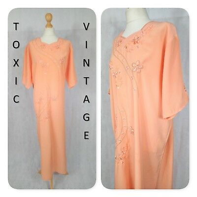 VINTAGE 1960s 1970s PEACH EMBROIDERED FLORAL KAFTAN UK 14 BOHO RETRO KITSCH CHIC