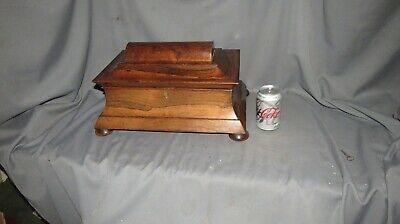 A FINE 19th CENTURY EARLY VICTORIAN ROSEWOOD TEA CADDY