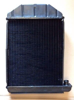 Fordson Super Dexta Radiator Includes A Surcharge