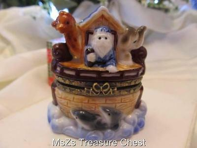 Porcelain 'NOAH'S ARK' Trinket Box    ** New In Box **