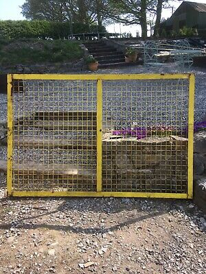 Fencing Panels/dog Run Panels 75x50 (4 Available)