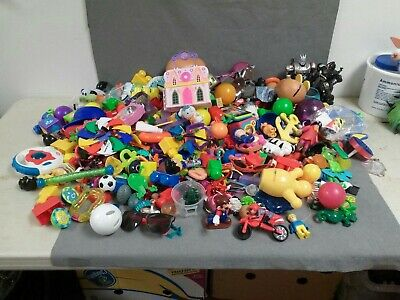 Large Toy Lot Junk Drawer, Novelty, Party Favors, Mixed, Trinkets, Miscellaneous