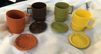 Retro Tupperware Mugs X 4 With Coasters/lids In Ex Clean Cond. Appear Unused