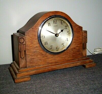 Antique 1930's Ferranti Art Deco Electric Oak Mantle Clock (Carved Art Deco)