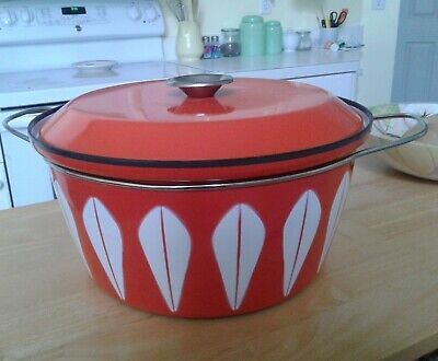 Vintage Cathrineholm Enamelware Dutch Oven, Stock w/ lid Pot, Lotus, Norway