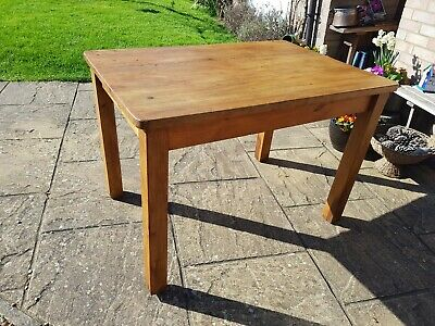 Vintage Pine Kitchen Table French Country Farmhouse Rustic delivery can be arran