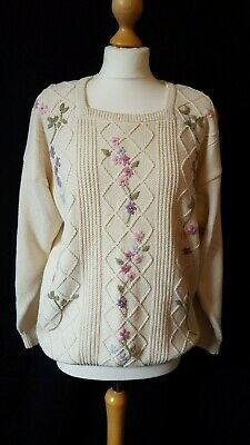 Vintage St Michael's Lovely Embroidered floral jumper size 12/14.Smart/Casual