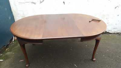 1920's Mahogany Wind Out Table