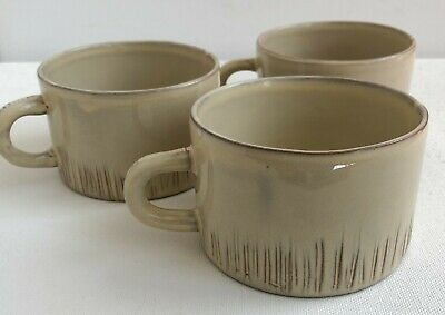 Vietri Bellezza Celadon Cappuccino Large Cup Mug Beige/Tan Rare Find - LOT OF 3