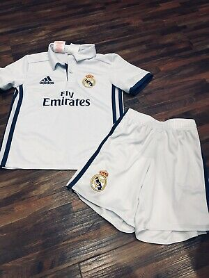 timeless design a6f3e 45b10 BOYS WHITE REAL Madrid Football Kit by ADIDAS - age 4-5 years