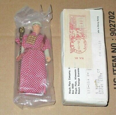 d36442cc954 Kenner BELLOQ CEREMONIAL ROBE Mail Away FIGURE Raiders Ark Vintage 1982  Sealed
