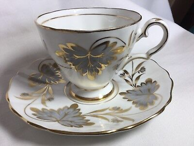 Grosvenor Bone China  Cup And Saucer England   Rosslyn Pattern 9708