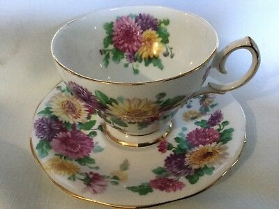 Queen Anne Bone China Cup/Saucer England      Autumn Glory Pattern