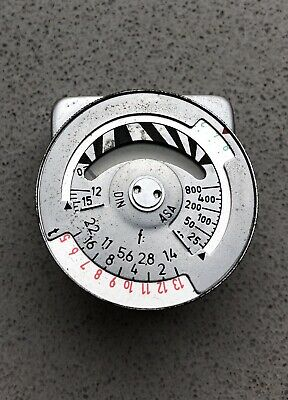 Metraphot 3 small exposure Light meter fits accessory shoe on your camera. Leica