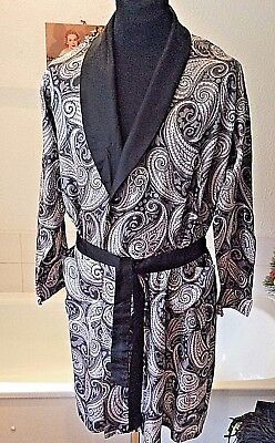 Vintage 1950's/60's Tootal ~ fine faux silk paisley dressing gown/ robe ~ M