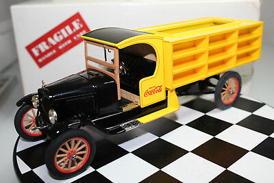 Danbury Mint 1:24 Scale 1927 COCA-COLA DELIVERY TRUCK