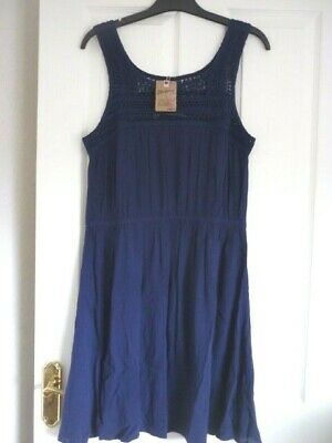 Mantaray Navy Crinkle Viscose Crochet Sun Beach Dress. Uk 12, Eur 38-40, Us 8.