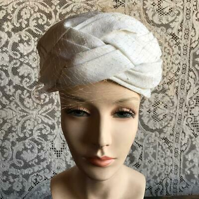 Vintage 1950s 1960s White Turban Style Toque Hat with Netting
