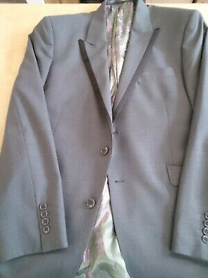 9ff4028be6842 Mens William Hunt Savile Row, grey Jacket Size 42 with Attractive lining