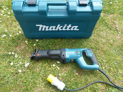 Makita Jr3050T Reciprocating Saw 110V In Case For Wood Metal Timber Garden Trees