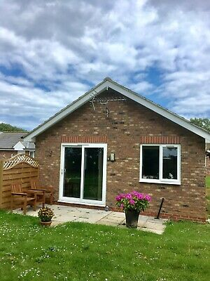 Holiday Bungalow To Let -Sleeps 3, Dog Friendly, Carnaby, Bridlington with WIFI