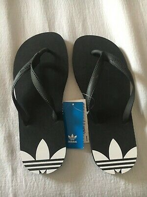 cfee73a82ac Claquettes Tong Adidas Femme Taille 39 Neuf