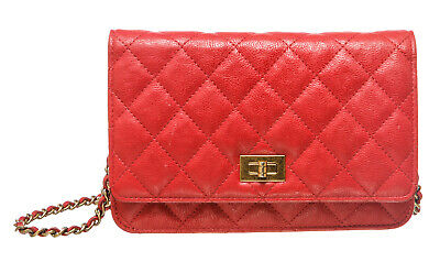 6526e954dc33a9 CHANEL CC RED Wallet On Chain WOC Lambskin - Excellent Condition ...
