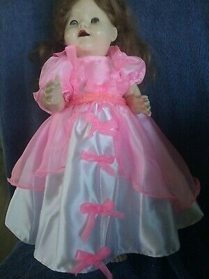 "22""Pedigree Walking Doll Dress"