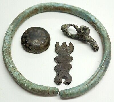 Bronze Bracelet / Amulet fertility goddess / Button 1500-100BC. Scythian