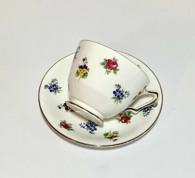 Royal Victoria England Floral Tea Cup Saucer Gold Accent Trim Fine Bone China