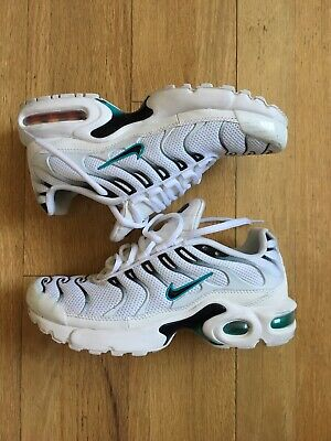 competitive price d4dea 18f2e Nike Air Max Plus TN GS Running Shoes (Size 5 Youth - Women 6.5)