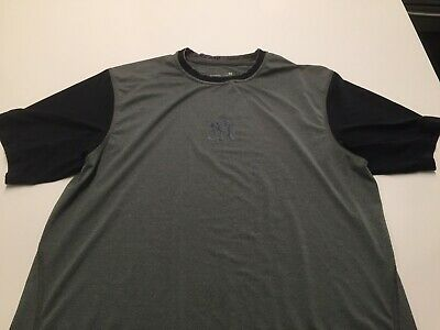 65c7b1768 Nike New York Yankees Dri Fit Gray Blue T Shirt with logo in chest Mens  Medium